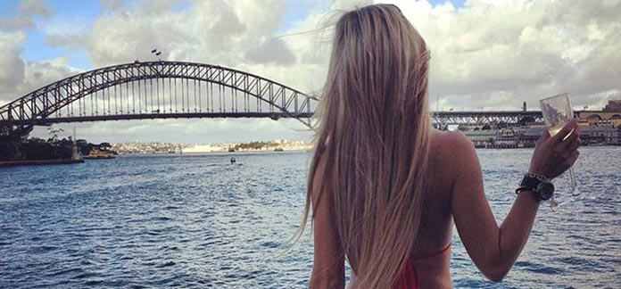 Female Strippers in Sydney