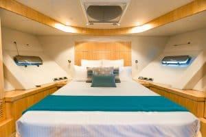 guest bedroom yacht